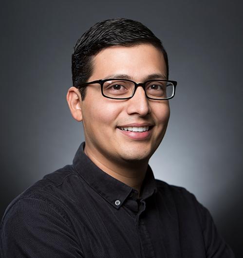 Miguel Martinez Analyst Admin Portrait